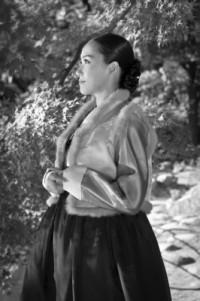 Korean woman in hanbok